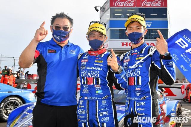 GT300クラス優勝 #61 SUBARU BRZ R&D SPORT(小澤 正弘 総監督/井口 卓人/山内 英輝)